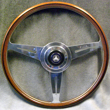 MERCEDEZ-BENZ-300SL-GULLWING-Steering-Wheel